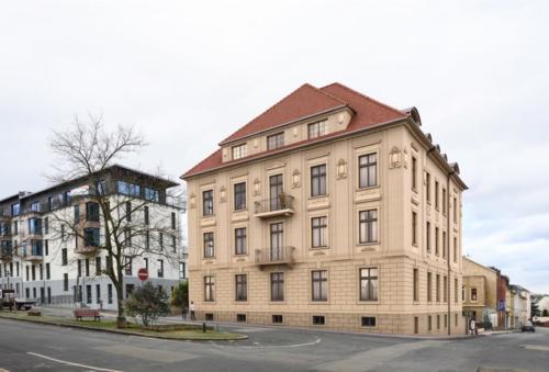 Solbrigplatz 6 West